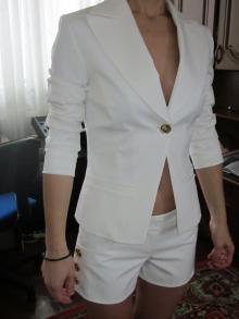 Жакет с шортами